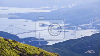 Постер Гонконг Гонконг мостыГонконг<br>Постер на холсте или бумаге. Любого нужного вам размера. В раме или без. Подвес в комплекте. Трехслойная надежная упаковка. Доставим в любую точку России. Вам осталось только повесить картину на стену!<br>