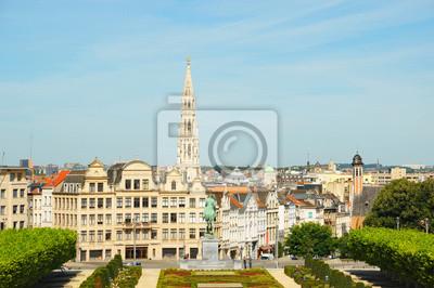 Постер Брюссель Mont des Arts и сад в БрюсселеБрюссель<br>Постер на холсте или бумаге. Любого нужного вам размера. В раме или без. Подвес в комплекте. Трехслойная надежная упаковка. Доставим в любую точку России. Вам осталось только повесить картину на стену!<br>