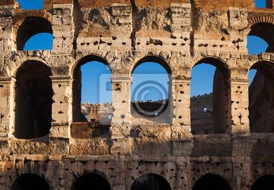 Постер Города и карты Колизей в Риме, Италия, 29x20 см, на бумагеРим<br>Постер на холсте или бумаге. Любого нужного вам размера. В раме или без. Подвес в комплекте. Трехслойная надежная упаковка. Доставим в любую точку России. Вам осталось только повесить картину на стену!<br>