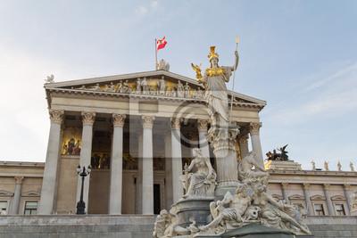 Постер Вена Австрийский парламент с Афины ПалладыВена<br>Постер на холсте или бумаге. Любого нужного вам размера. В раме или без. Подвес в комплекте. Трехслойная надежная упаковка. Доставим в любую точку России. Вам осталось только повесить картину на стену!<br>