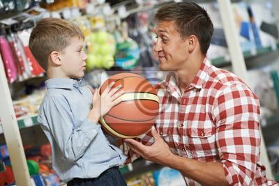 Постер Баскетбол Отец, человек с сыном, мальчик магазинов спортивных товаровБаскетбол<br>Постер на холсте или бумаге. Любого нужного вам размера. В раме или без. Подвес в комплекте. Трехслойная надежная упаковка. Доставим в любую точку России. Вам осталось только повесить картину на стену!<br>