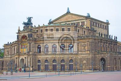 Постер Дрезден Дрезденская ОпераДрезден<br>Постер на холсте или бумаге. Любого нужного вам размера. В раме или без. Подвес в комплекте. Трехслойная надежная упаковка. Доставим в любую точку России. Вам осталось только повесить картину на стену!<br>