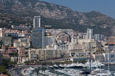 Постер Монако Монако bay view с прекрасным яхт и катеровМонако<br>Постер на холсте или бумаге. Любого нужного вам размера. В раме или без. Подвес в комплекте. Трехслойная надежная упаковка. Доставим в любую точку России. Вам осталось только повесить картину на стену!<br>