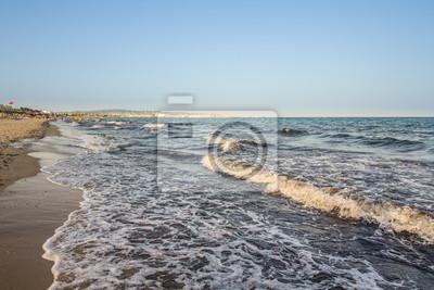 Постер Тунис Пляж в Хаммамет, ТунисТунис<br>Постер на холсте или бумаге. Любого нужного вам размера. В раме или без. Подвес в комплекте. Трехслойная надежная упаковка. Доставим в любую точку России. Вам осталось только повесить картину на стену!<br>
