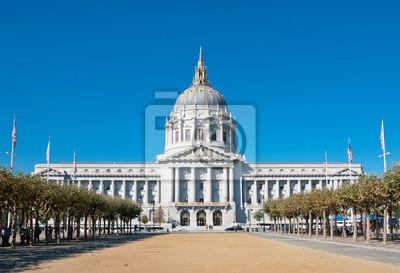 Постер Сан-Франциско Мэрия Сан-Франциско, Калифорния, СШАСан-Франциско<br>Постер на холсте или бумаге. Любого нужного вам размера. В раме или без. Подвес в комплекте. Трехслойная надежная упаковка. Доставим в любую точку России. Вам осталось только повесить картину на стену!<br>