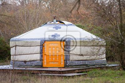 Постер Монголия Юрт в лесуМонголия<br>Постер на холсте или бумаге. Любого нужного вам размера. В раме или без. Подвес в комплекте. Трехслойная надежная упаковка. Доставим в любую точку России. Вам осталось только повесить картину на стену!<br>
