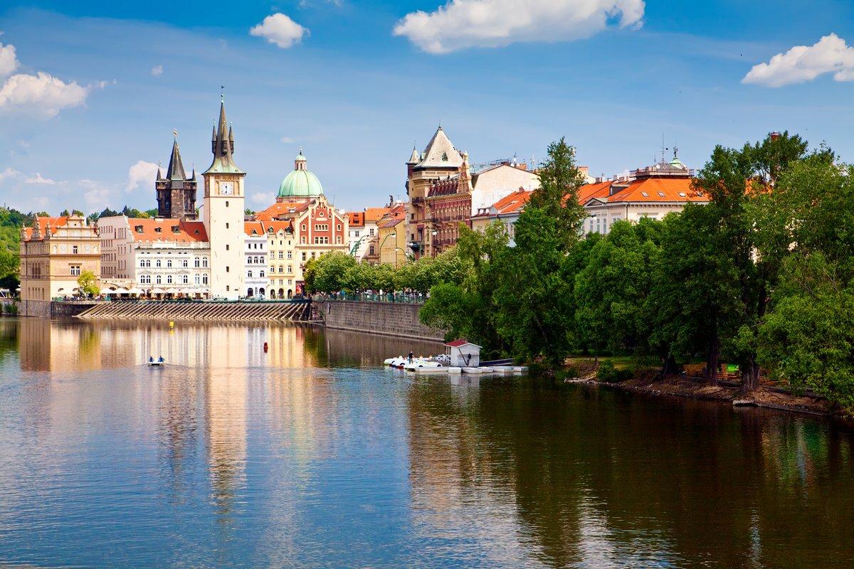 Постер Прага Прага, ВлтаваПрага<br>Постер на холсте или бумаге. Любого нужного вам размера. В раме или без. Подвес в комплекте. Трехслойная надежная упаковка. Доставим в любую точку России. Вам осталось только повесить картину на стену!<br>