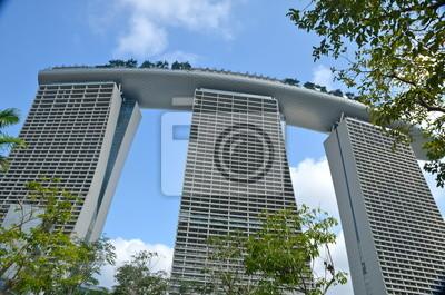 Постер Сингапур Современная Архитектура в СингапуреСингапур<br>Постер на холсте или бумаге. Любого нужного вам размера. В раме или без. Подвес в комплекте. Трехслойная надежная упаковка. Доставим в любую точку России. Вам осталось только повесить картину на стену!<br>