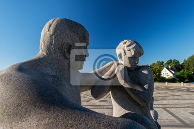 Постер Осло Парк Вигеланд статуи отец сынОсло<br>Постер на холсте или бумаге. Любого нужного вам размера. В раме или без. Подвес в комплекте. Трехслойная надежная упаковка. Доставим в любую точку России. Вам осталось только повесить картину на стену!<br>