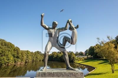 Постер Осло Парк Вигеланд статуи человек и девушкаОсло<br>Постер на холсте или бумаге. Любого нужного вам размера. В раме или без. Подвес в комплекте. Трехслойная надежная упаковка. Доставим в любую точку России. Вам осталось только повесить картину на стену!<br>
