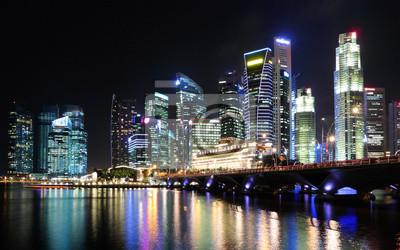 Постер Города и карты Сингапур-город ночью, 32x20 см, на бумагеСингапур<br>Постер на холсте или бумаге. Любого нужного вам размера. В раме или без. Подвес в комплекте. Трехслойная надежная упаковка. Доставим в любую точку России. Вам осталось только повесить картину на стену!<br>
