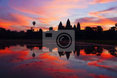 Постер Камбоджа Ангкор-ВАТ восходКамбоджа<br>Постер на холсте или бумаге. Любого нужного вам размера. В раме или без. Подвес в комплекте. Трехслойная надежная упаковка. Доставим в любую точку России. Вам осталось только повесить картину на стену!<br>