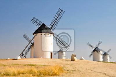 Ветряные мельницы в Campo de Criptana (Испания), 30x20 см, на бумагеМельницы<br>Постер на холсте или бумаге. Любого нужного вам размера. В раме или без. Подвес в комплекте. Трехслойная надежная упаковка. Доставим в любую точку России. Вам осталось только повесить картину на стену!<br>