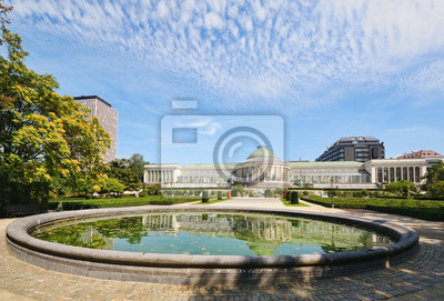Постер Брюссель Исторический ботанический сад в центре БрюссельБрюссель<br>Постер на холсте или бумаге. Любого нужного вам размера. В раме или без. Подвес в комплекте. Трехслойная надежная упаковка. Доставим в любую точку России. Вам осталось только повесить картину на стену!<br>