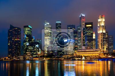 Постер Сингапур Сингапур skyline на ночь.Сингапур<br>Постер на холсте или бумаге. Любого нужного вам размера. В раме или без. Подвес в комплекте. Трехслойная надежная упаковка. Доставим в любую точку России. Вам осталось только повесить картину на стену!<br>
