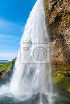 Постер Водопады Seljalandsfoss, водопад в ИсландииВодопады<br>Постер на холсте или бумаге. Любого нужного вам размера. В раме или без. Подвес в комплекте. Трехслойная надежная упаковка. Доставим в любую точку России. Вам осталось только повесить картину на стену!<br>