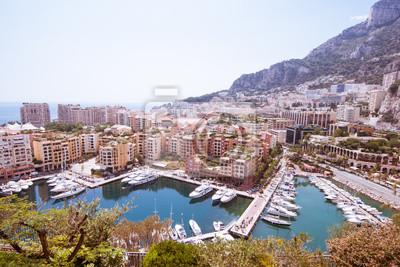 Постер Города и карты Монако Марина, 30x20 см, на бумагеМонако<br>Постер на холсте или бумаге. Любого нужного вам размера. В раме или без. Подвес в комплекте. Трехслойная надежная упаковка. Доставим в любую точку России. Вам осталось только повесить картину на стену!<br>