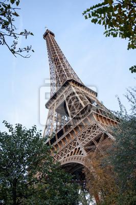 Постер Париж Tour eiffel в ПарижеПариж<br>Постер на холсте или бумаге. Любого нужного вам размера. В раме или без. Подвес в комплекте. Трехслойная надежная упаковка. Доставим в любую точку России. Вам осталось только повесить картину на стену!<br>