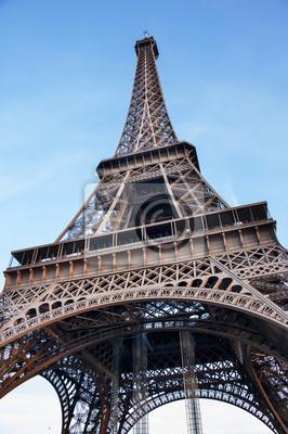 Постер Париж Эйфелева башняПариж<br>Постер на холсте или бумаге. Любого нужного вам размера. В раме или без. Подвес в комплекте. Трехслойная надежная упаковка. Доставим в любую точку России. Вам осталось только повесить картину на стену!<br>