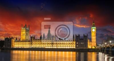 Постер Лондон Краски заката над Биг-Беном и здание парламента - ЛондонЛондон<br>Постер на холсте или бумаге. Любого нужного вам размера. В раме или без. Подвес в комплекте. Трехслойная надежная упаковка. Доставим в любую точку России. Вам осталось только повесить картину на стену!<br>