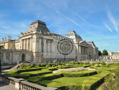Постер Брюссель Королевский дворец в центре Брюсселя, БельгияБрюссель<br>Постер на холсте или бумаге. Любого нужного вам размера. В раме или без. Подвес в комплекте. Трехслойная надежная упаковка. Доставим в любую точку России. Вам осталось только повесить картину на стену!<br>