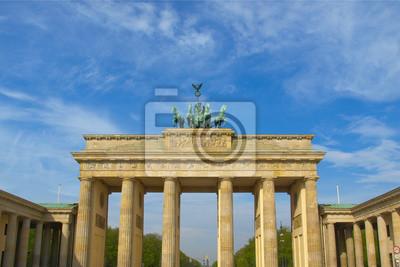 Постер Берлин Brandenburger Tor, БерлинБерлин<br>Постер на холсте или бумаге. Любого нужного вам размера. В раме или без. Подвес в комплекте. Трехслойная надежная упаковка. Доставим в любую точку России. Вам осталось только повесить картину на стену!<br>