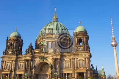 Постер Берлин Berliner DomБерлин<br>Постер на холсте или бумаге. Любого нужного вам размера. В раме или без. Подвес в комплекте. Трехслойная надежная упаковка. Доставим в любую точку России. Вам осталось только повесить картину на стену!<br>