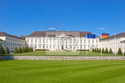 Schloss Bellevue, Берлин, 30x20 см, на бумагеБерлин<br>Постер на холсте или бумаге. Любого нужного вам размера. В раме или без. Подвес в комплекте. Трехслойная надежная упаковка. Доставим в любую точку России. Вам осталось только повесить картину на стену!<br>
