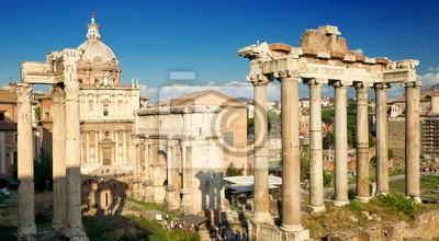 Постер Рим Римский Форум в Риме, ИталияРим<br>Постер на холсте или бумаге. Любого нужного вам размера. В раме или без. Подвес в комплекте. Трехслойная надежная упаковка. Доставим в любую точку России. Вам осталось только повесить картину на стену!<br>