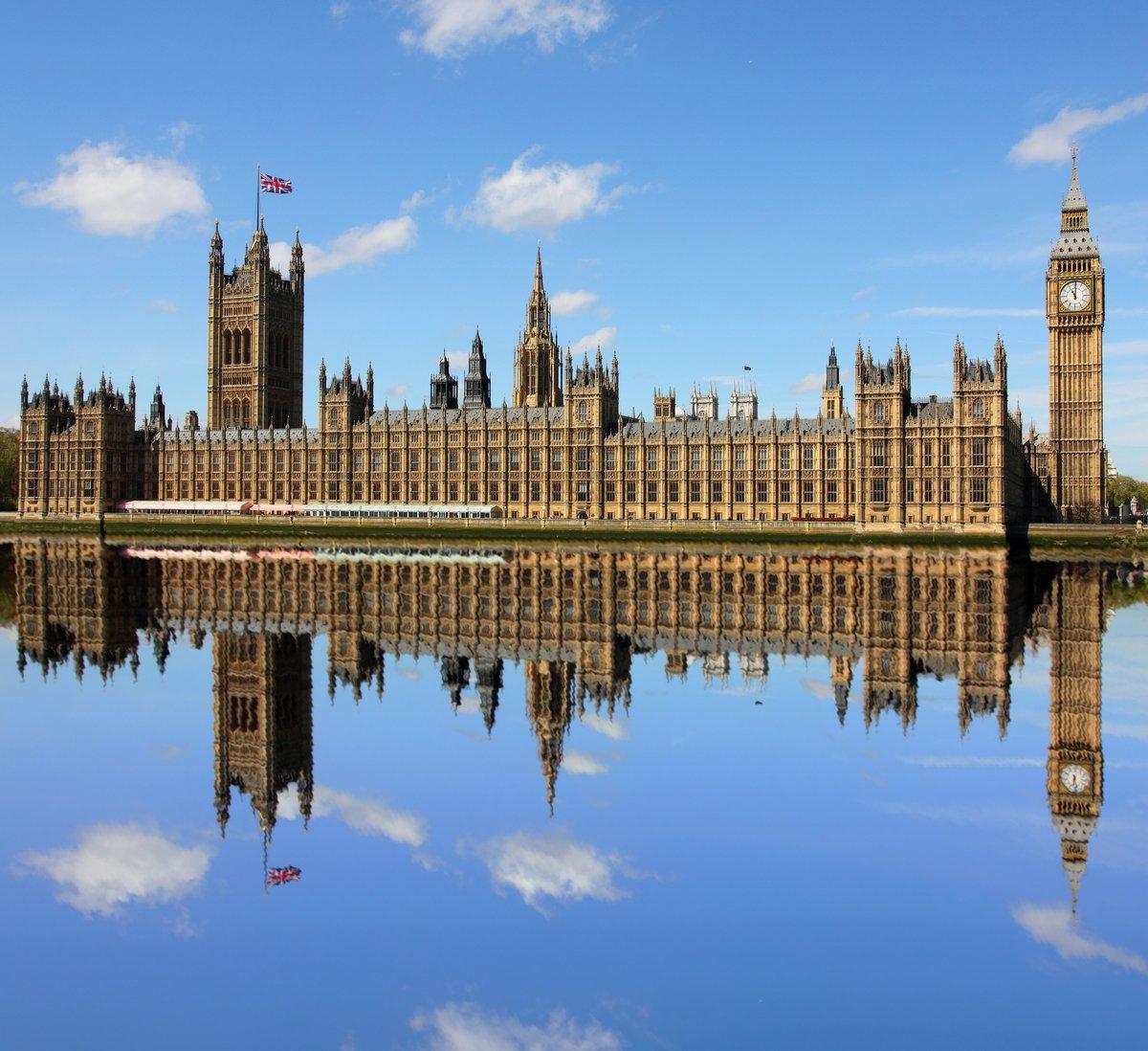 Постер Лондон Здание парламента и Биг Бэн, Вестминстер, Лондон.Лондон<br>Постер на холсте или бумаге. Любого нужного вам размера. В раме или без. Подвес в комплекте. Трехслойная надежная упаковка. Доставим в любую точку России. Вам осталось только повесить картину на стену!<br>