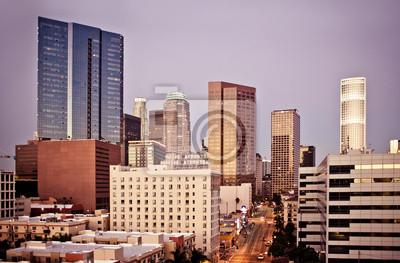 Постер Лос-Анджелес Лос-Анджелес skyline на раннее утроЛос-Анджелес<br>Постер на холсте или бумаге. Любого нужного вам размера. В раме или без. Подвес в комплекте. Трехслойная надежная упаковка. Доставим в любую точку России. Вам осталось только повесить картину на стену!<br>