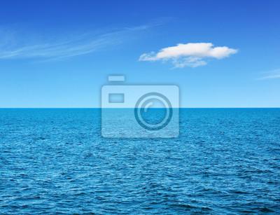 Постер Пейзаж морской Вид на океанПейзаж морской<br>Постер на холсте или бумаге. Любого нужного вам размера. В раме или без. Подвес в комплекте. Трехслойная надежная упаковка. Доставим в любую точку России. Вам осталось только повесить картину на стену!<br>