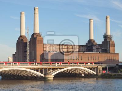 Постер Лондон Электростанция Баттерси, ЛондонЛондон<br>Постер на холсте или бумаге. Любого нужного вам размера. В раме или без. Подвес в комплекте. Трехслойная надежная упаковка. Доставим в любую точку России. Вам осталось только повесить картину на стену!<br>