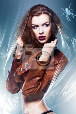 Довольно привлекательные эротические женщина в коричневой куртке с пауком, 20x30 см, на бумагеФотоэротика<br>Постер на холсте или бумаге. Любого нужного вам размера. В раме или без. Подвес в комплекте. Трехслойная надежная упаковка. Доставим в любую точку России. Вам осталось только повесить картину на стену!<br>