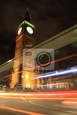 Постер Лондон Удивительный вид на Биг Бен Ночью, ЛондонЛондон<br>Постер на холсте или бумаге. Любого нужного вам размера. В раме или без. Подвес в комплекте. Трехслойная надежная упаковка. Доставим в любую точку России. Вам осталось только повесить картину на стену!<br>
