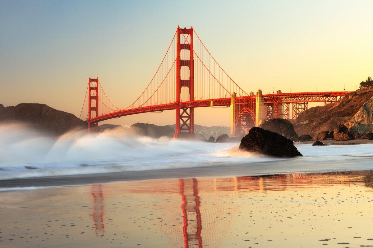 Постер Пейзаж морской Мост Золотые Ворота Сан-ФранцискоПейзаж морской<br>Постер на холсте или бумаге. Любого нужного вам размера. В раме или без. Подвес в комплекте. Трехслойная надежная упаковка. Доставим в любую точку России. Вам осталось только повесить картину на стену!<br>