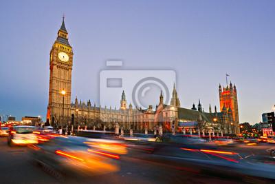 Постер Турфирма В Биг-Бена, Дома парламента, Вестминстерского МостаТурфирма<br>Постер на холсте или бумаге. Любого нужного вам размера. В раме или без. Подвес в комплекте. Трехслойная надежная упаковка. Доставим в любую точку России. Вам осталось только повесить картину на стену!<br>