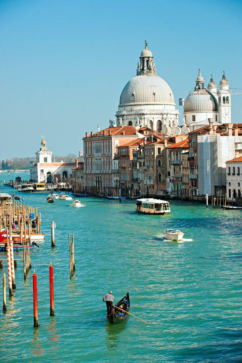 Постер Венеция Grand Canal, Венеция, Италия.Венеция<br>Постер на холсте или бумаге. Любого нужного вам размера. В раме или без. Подвес в комплекте. Трехслойная надежная упаковка. Доставим в любую точку России. Вам осталось только повесить картину на стену!<br>
