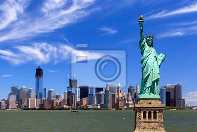 Постер Нью-Йорк Нью-Йорка - Манхэттен - Статуя СвободыНью-Йорк<br>Постер на холсте или бумаге. Любого нужного вам размера. В раме или без. Подвес в комплекте. Трехслойная надежная упаковка. Доставим в любую точку России. Вам осталось только повесить картину на стену!<br>