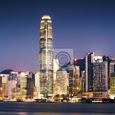 Постер Города и карты Гонконг город ночью, 20x20 см, на бумагеГонконг<br>Постер на холсте или бумаге. Любого нужного вам размера. В раме или без. Подвес в комплекте. Трехслойная надежная упаковка. Доставим в любую точку России. Вам осталось только повесить картину на стену!<br>