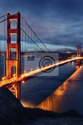 Постер Сан-Франциско Мост  золотые Ворота, Сан-Франциско огниСан-Франциско<br>Постер на холсте или бумаге. Любого нужного вам размера. В раме или без. Подвес в комплекте. Трехслойная надежная упаковка. Доставим в любую точку России. Вам осталось только повесить картину на стену!<br>