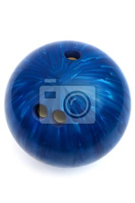 Постер Боулинг Синий мяч с игры в боулингБоулинг<br>Постер на холсте или бумаге. Любого нужного вам размера. В раме или без. Подвес в комплекте. Трехслойная надежная упаковка. Доставим в любую точку России. Вам осталось только повесить картину на стену!<br>
