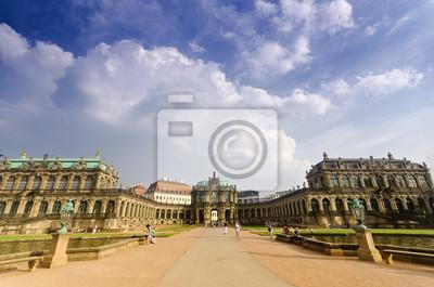 Постер Дрезден Дрезден, ЦвингерДрезден<br>Постер на холсте или бумаге. Любого нужного вам размера. В раме или без. Подвес в комплекте. Трехслойная надежная упаковка. Доставим в любую точку России. Вам осталось только повесить картину на стену!<br>