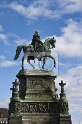 Постер Дрезден Саксонский Король Иоганн памятник в ДрезденеДрезден<br>Постер на холсте или бумаге. Любого нужного вам размера. В раме или без. Подвес в комплекте. Трехслойная надежная упаковка. Доставим в любую точку России. Вам осталось только повесить картину на стену!<br>