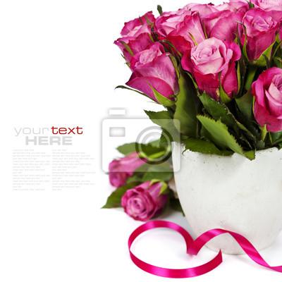 Розовые розы, 20x20 см, на бумаге02.14 День Святого Валентина (День всех влюбленных)<br>Постер на холсте или бумаге. Любого нужного вам размера. В раме или без. Подвес в комплекте. Трехслойная надежная упаковка. Доставим в любую точку России. Вам осталось только повесить картину на стену!<br>