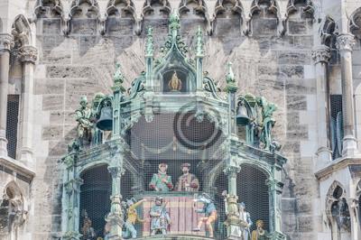 Постер Мюнхен Neues Rathaus carillion в Мюнхене, ГерманияМюнхен<br>Постер на холсте или бумаге. Любого нужного вам размера. В раме или без. Подвес в комплекте. Трехслойная надежная упаковка. Доставим в любую точку России. Вам осталось только повесить картину на стену!<br>