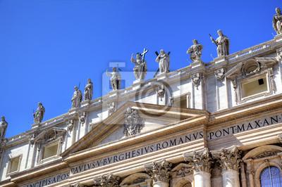 Постер Ватикан Статуи в Базилика Святого Петра. Рома (Рим), ИталияВатикан<br>Постер на холсте или бумаге. Любого нужного вам размера. В раме или без. Подвес в комплекте. Трехслойная надежная упаковка. Доставим в любую точку России. Вам осталось только повесить картину на стену!<br>