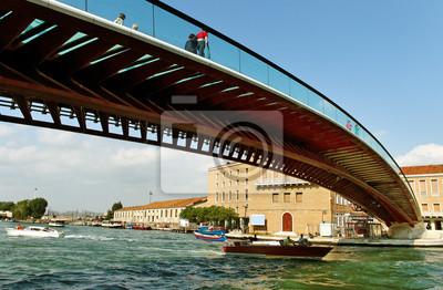 Постер Венеция Железнодорожный вокзал в Венеции.Венеция<br>Постер на холсте или бумаге. Любого нужного вам размера. В раме или без. Подвес в комплекте. Трехслойная надежная упаковка. Доставим в любую точку России. Вам осталось только повесить картину на стену!<br>