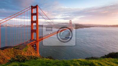 Постер Сан-Франциско Мост Золотые Ворота Закат, ПанорамаСан-Франциско<br>Постер на холсте или бумаге. Любого нужного вам размера. В раме или без. Подвес в комплекте. Трехслойная надежная упаковка. Доставим в любую точку России. Вам осталось только повесить картину на стену!<br>