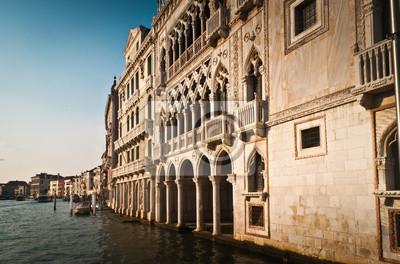 Постер Венеция Венеция архитектуры,ИталияВенеция<br>Постер на холсте или бумаге. Любого нужного вам размера. В раме или без. Подвес в комплекте. Трехслойная надежная упаковка. Доставим в любую точку России. Вам осталось только повесить картину на стену!<br>